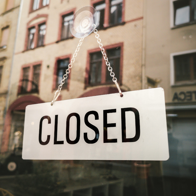 closed sign_sb 6 2020_Pixabay_BenediktGeyer
